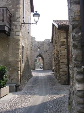 Credaro_castello_Trebecco_nor1